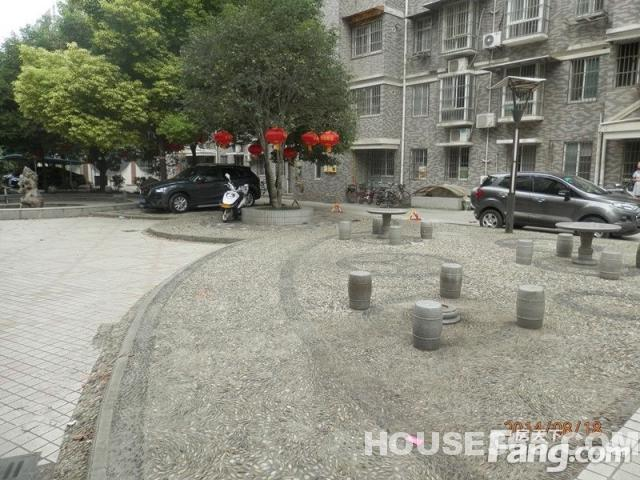 尚街LOFT2室2厅1卫50平米2012年产权房精装