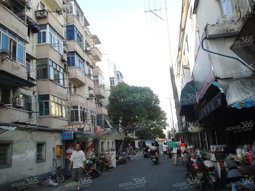 新庄新村2室1厅1卫50.61平米88年产权房精装