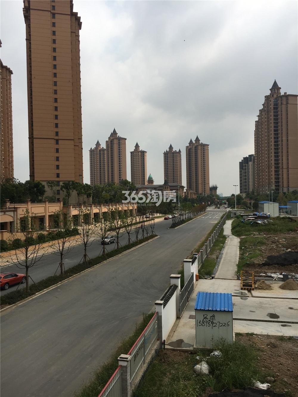 雅居乐滨江国际实景图(9.18)