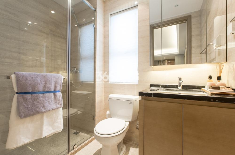合景映月台115方样板房——卫浴