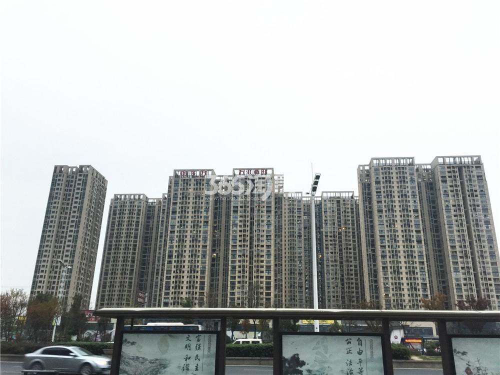 东方万汇城实景图(1.19)