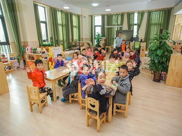 国润城西工大幼儿园实景