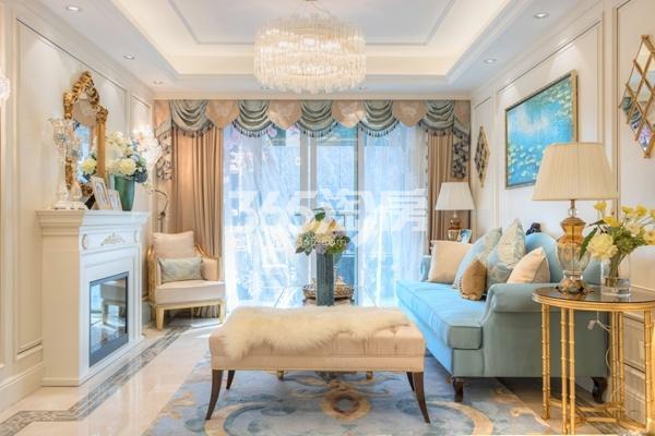 蓝光雍锦里107平高层样板间客厅