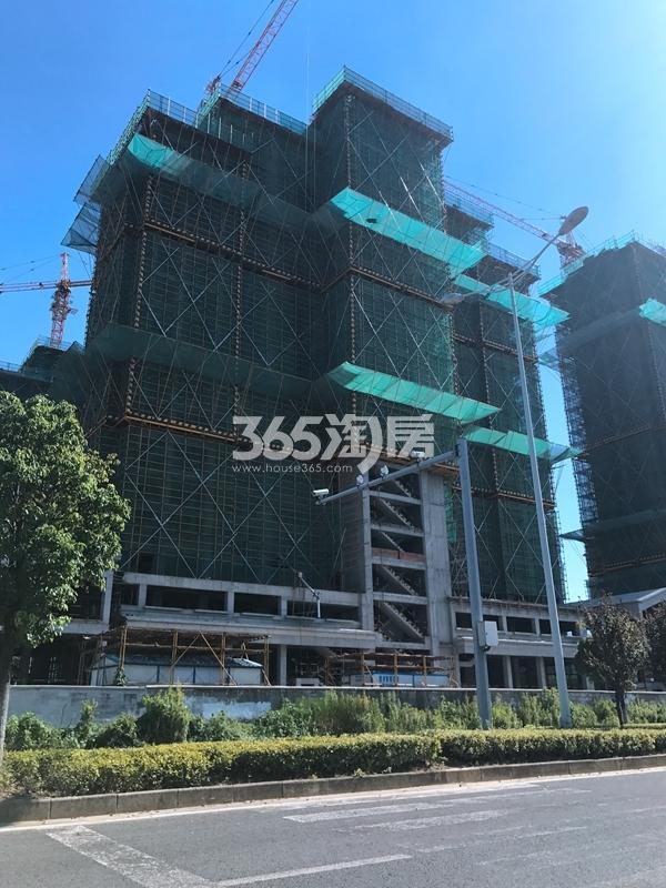 长泰国际社高层A3#、A4#实景图(2017.7 摄)