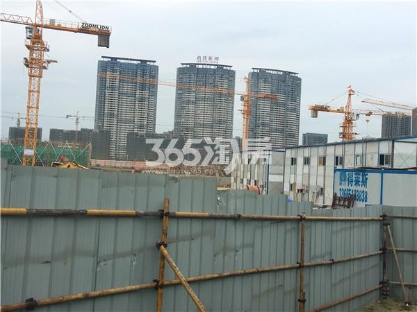 中锐星公元工程进度实景图(2017.8摄)